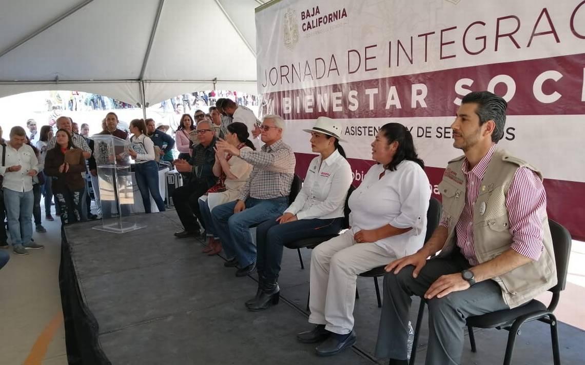 Vecinos de Valle de las Palmas piden luz y agua - El Sol de Tijuana