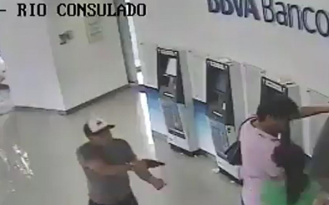 Ladron es sometido por una puta - 2 5